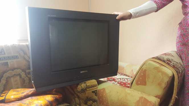 Продается телевизор. Samsung. В рабочем состоянии. 500 рублей.
