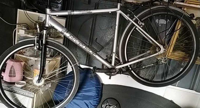 Городской дорожный велосипед