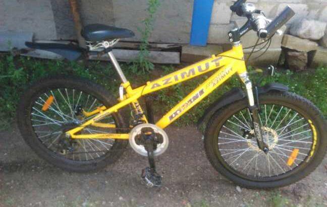 Продам велосипед проблема в заднем тормозе.