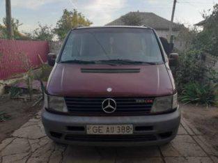 Продам Mercedes VITO
