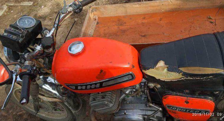 Продаю мотоцикл в хорошем состоянии