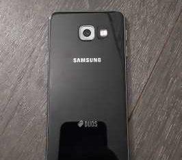 Продам samsung a3 galaxy 2016