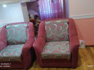 Продаю кресла. Раздвижные. Б/У