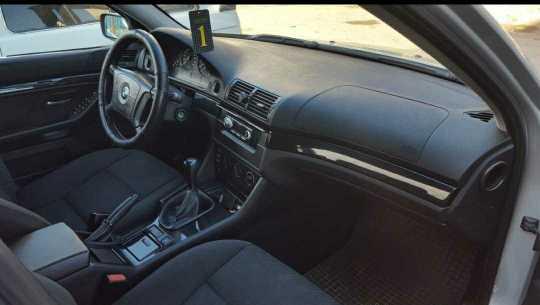 Продам БМВ 525