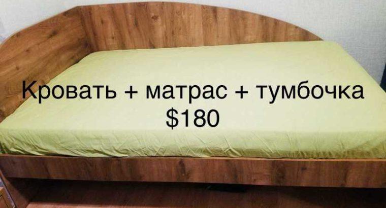 Продам комплект мебели