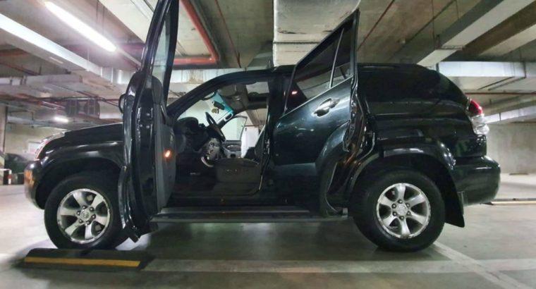 Vind Toyota Land Cruiser Prado,3.0,cutie automata.URGENT!!!