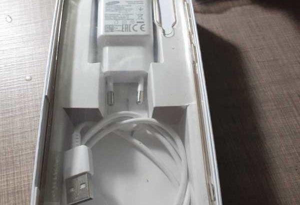 Samsung a50 negru 128 gb