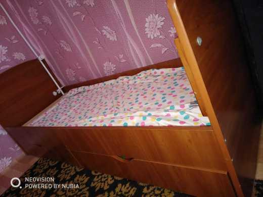 Продам кроватку для подростков