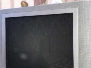 Продается телевизор Phillips цветной