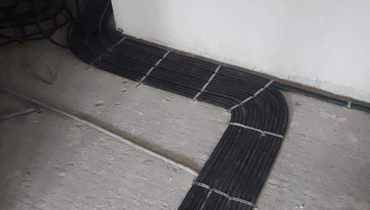 Электрик розетки люстры провода