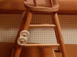 Продам детский столик для кормления