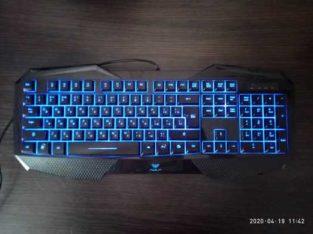 Продам клавиатуру AULA SL-859.
