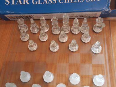 Шахматы стеклянные