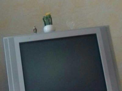 Продам телевизор samsung 400mdl