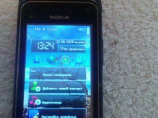 Телефон-слайдер Nokia