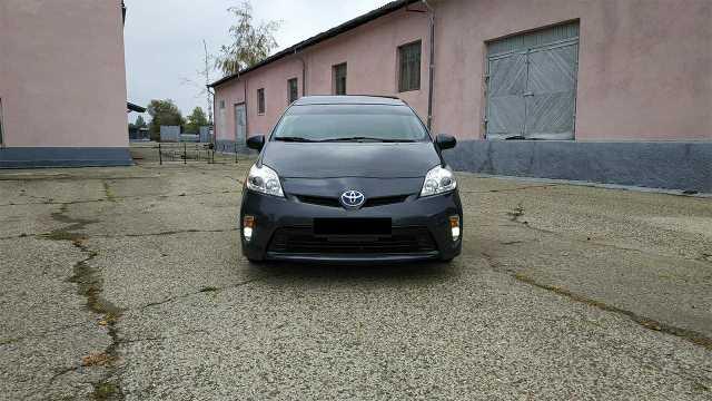 Toyota PRIUS 2012 Hybrid 68000 ml