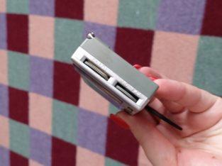 Продам мини-радио карманное, Kaide есть и зарядка