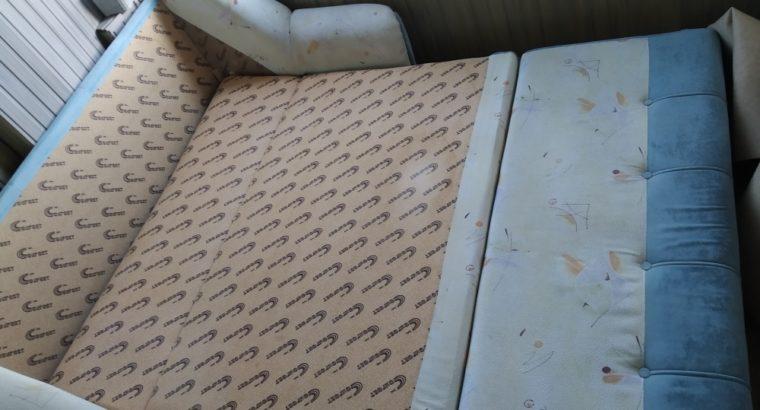 Продаётся диван б/у1.60/90