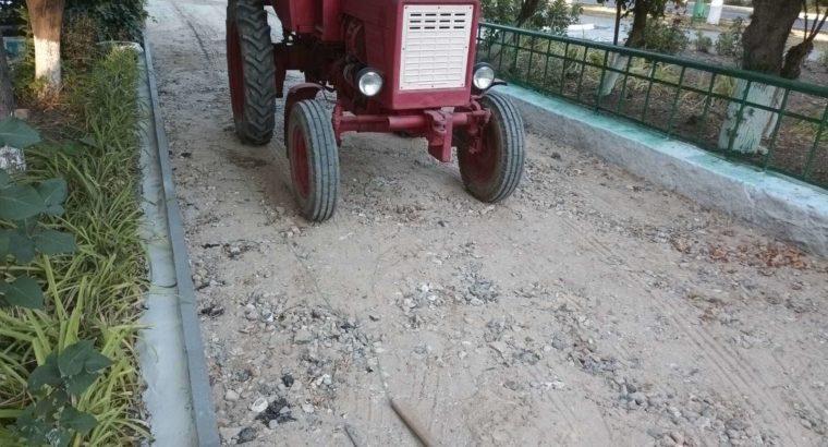 Трактор Т-25 с прицепом